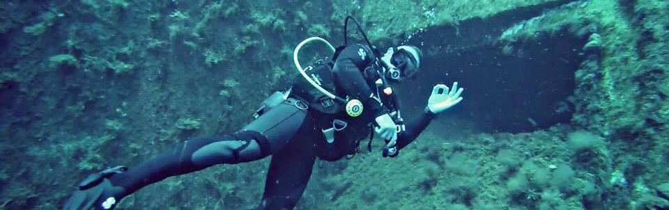 limassol-diving-diver-cyprus-low-cost-padi-divemaster